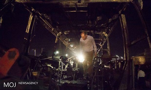 تصادف منجر به آتش سوزی تانکر حامل نفت با اتوبوس حامل مسافر