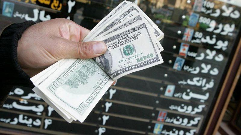 دلار به ۴۴۰۰ تومان نزدیک شد