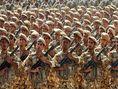 سردرگمی سربازان در پاسکاری مسئولان/قانون کسر خدمت فرزندان ایثارگر اجرایی میشود!؟