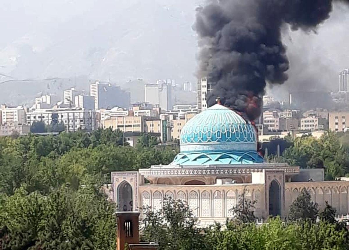 جزئیات آتش سوزی گنبد مسجد مالک اشتر ستاد فرمادهی ناجا