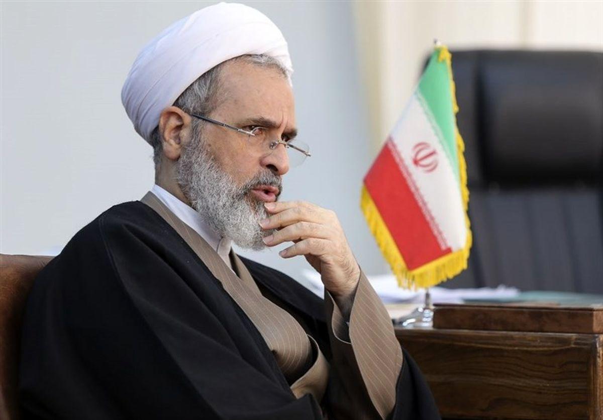 آیت الله اعرافی تحریم دانشمندان ایران توسط آمریکا را محکوم کرد