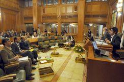 تقابل سیاسی در شورای شهر تهدیدی برای مدیریت شهری خواهد بود