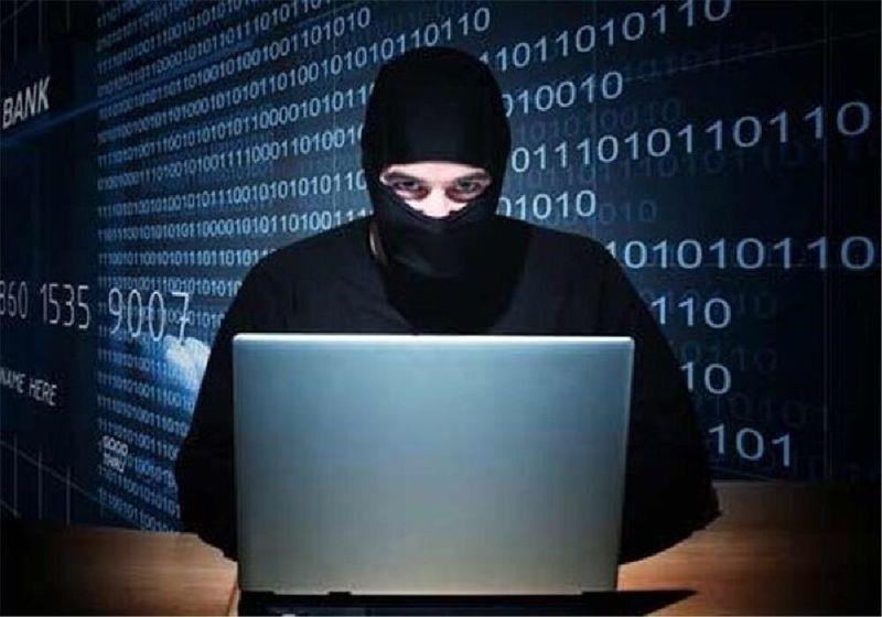 دستگیری یک سارق اینترنتی حساب بانکی در خمینی شهر