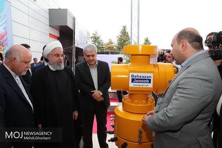 بازدید رییس جمهوری از نمایشگاه بینالمللی نفت و گاز