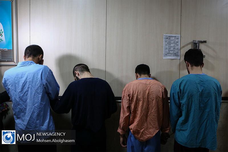 دستگیری باند 13 نفره سارقان گوشی قاپ در اصفهان / اعتراف به 24 فقره سرقت