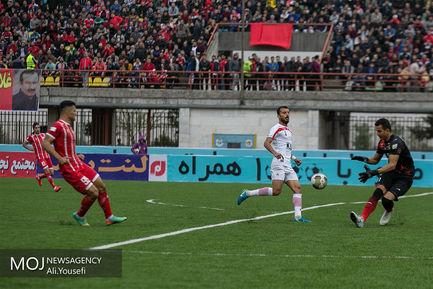 دیدار تیم های فوتبال سپیدرود رشت و فولاد خوزستان