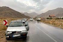 امدادرسانی نیروهای هلال احمر یزد در یک تصادف زنجیره ای