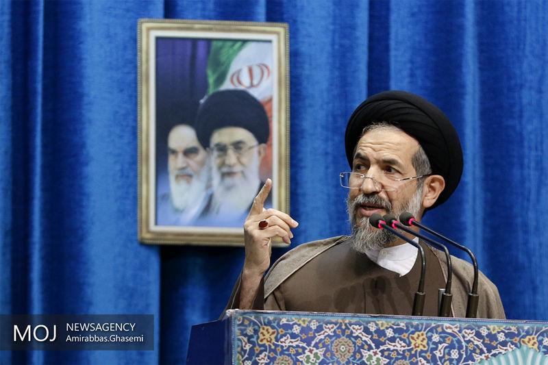 انقلاب اسلامی از جهت پایبندی چهل ساله به آرمان ها، استثنایی است
