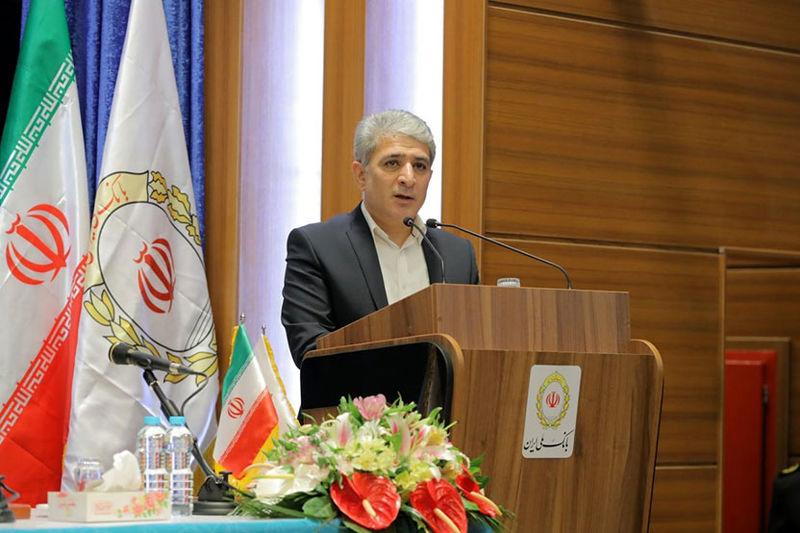 اعزام 200 نفر از کارکنان بانک ملی ایران به عراق برای کمک به تحویل ارز زائران