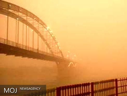 گردوغبار شدید دوباره آسمان خوزستان را فراگرفت / پیش بینی افزایش گردوغبار در هفته جاری