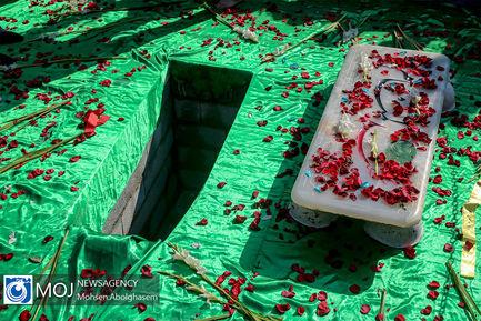 تشییع پیکر شهید گمنام غواص در ستاد نداجا