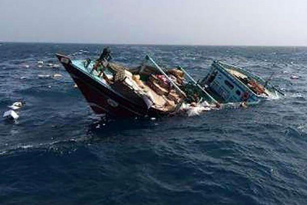 سرنوشت نامعلوم  4 سرنشین شناور خدماتی غرق شده در خرز