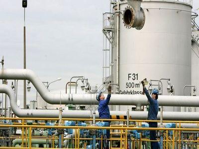 عملکرد تولید شرکت نفت و گاز کارون در سال 1396 چگونه بود؟
