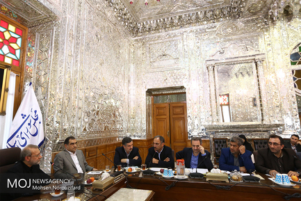 جلسه کمیسیون بهداشت مجلس با حضور لاریجانی