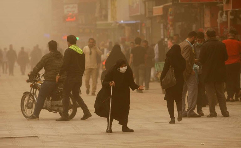 پیش بینی گرد و غبار و کاهش دما تا پایان هفته جاری برای آسمان خوزستان