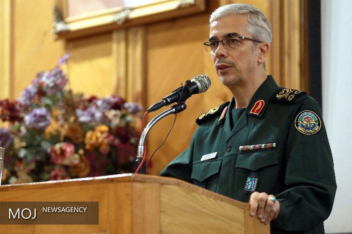 رئیس ستاد کل نیروهای مسلح به سرلشکر رشید تسلیت گفت
