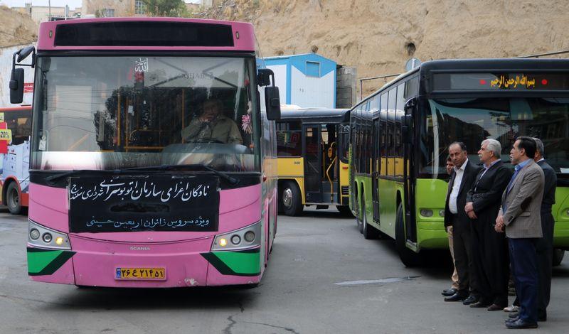 15 دستگاه اتوبوس از سنندج  جهت جابجایی زائران  اربعین به مرز خسروی اعزام شدند