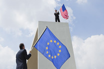 وابستگی اروپا به آمریکا، دلیل اصلی بن بست کانال مالی ایران-اروپا