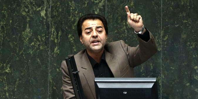 وزیر پیشنهادی باید برای چالشهای وزارت اقتصاد چاره اندیشی کند