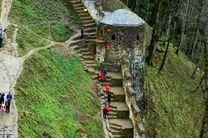 رشد مطلوب ورود گردشگران نوروزی به گیلان / رشد چهل درصدی ورود گردشگر به قلعه رودخان در سه روز اخیر