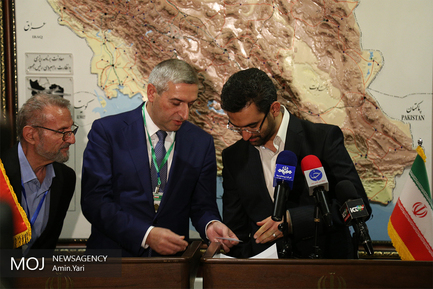 دیدار وزیرحمل و نقل و ارتباطات و فناوری اطلاعات ارمنستان با آذری جهرمی