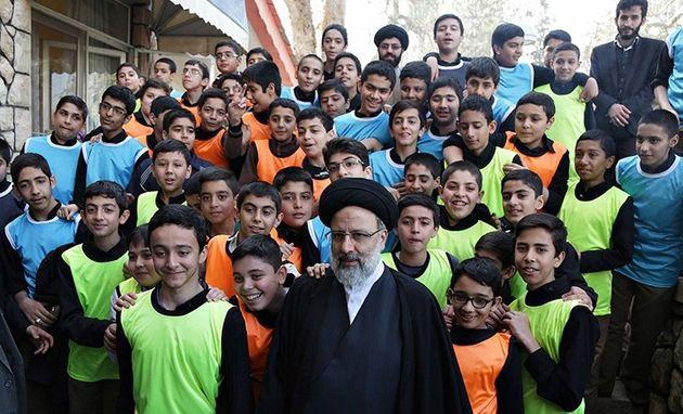 افتتاح نخستین اردوگاه تخصصی ویژه نوجوانان و جوانان آستان قدس رضوی