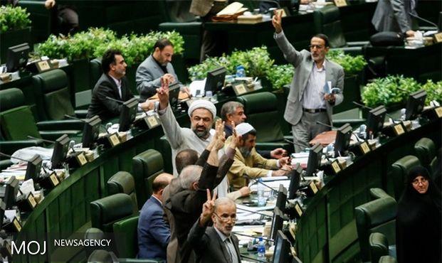با خرید کالای ایرانی بخش خصوصی را تقویت کنیم
