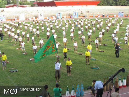 همایش نمادین هزارنفری باستانیکاران کرمانشاه برگزار شد