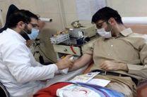 جوانان هلال احمر قم با خون خود به بیماران جان دوباره دادند