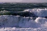 مواج شدن دریا در هرمزگان از بعد از ظهر
