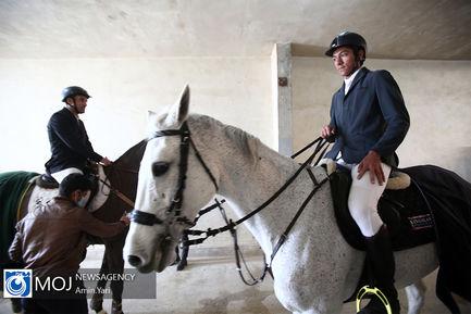 مسابقه پرش با اسب جام آزمون