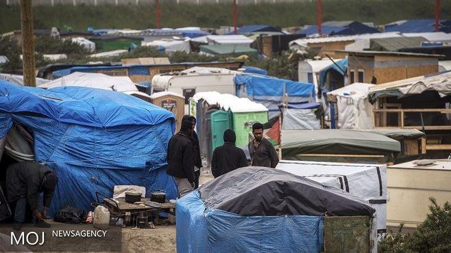 خشم مهاجران در کاله فرانسه / آتش سوزی؛ هشداری برای الیزه