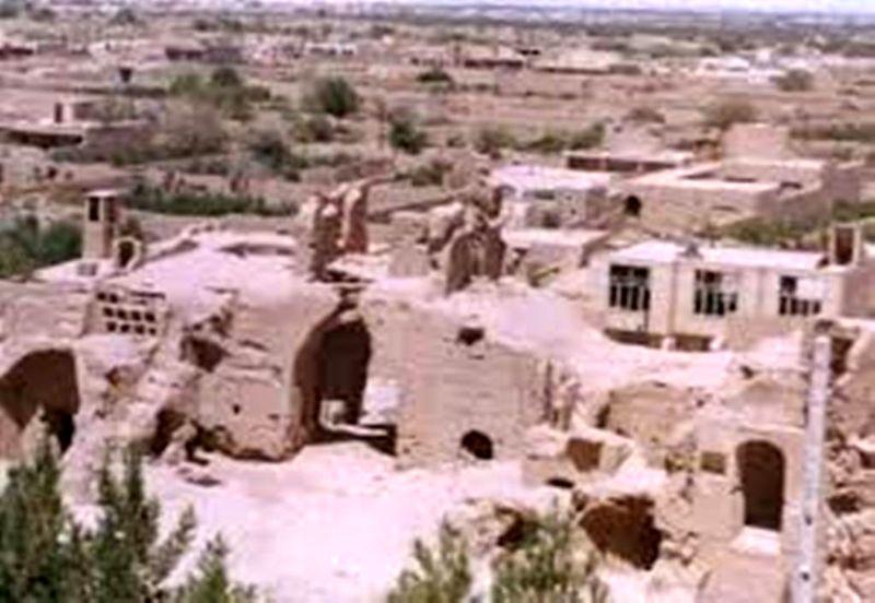 نشانه های آثار قبل از اسلام در روستای مزرعه بیده
