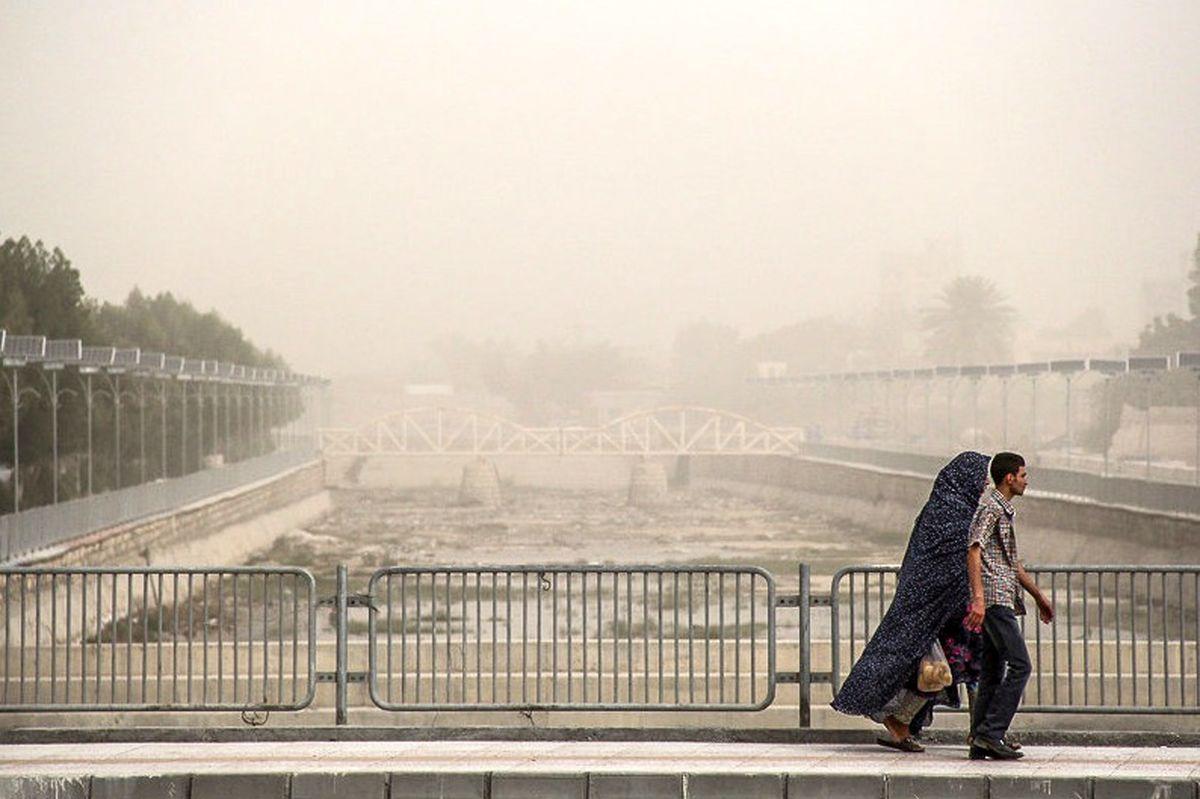 کیفیت هوای اصفهان برای گروههای حساس ناسالم است / شاخص کیفی هوا به 128 رسید