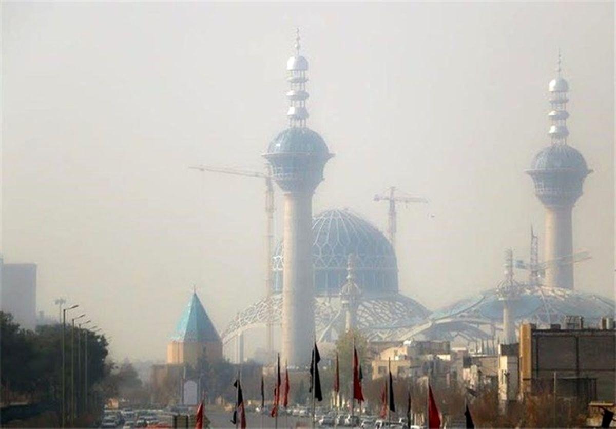 کیفیت هوای اصفهان همچنان ناسالم برای گروه های حساس / شاخص کیفی هوا 107