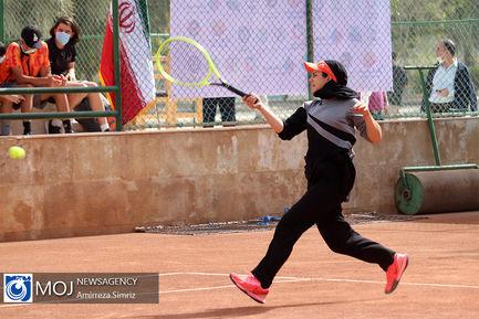دهمین دوره مسابقات جام حذفی تنیس بانوان در کیش