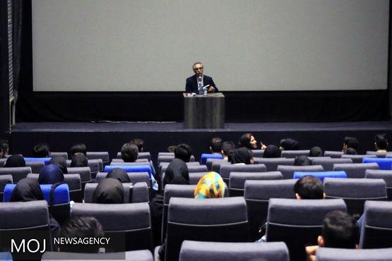 فرهاد توحیدی: فیلمنامهنویسان معماران اولیه سینما هستند