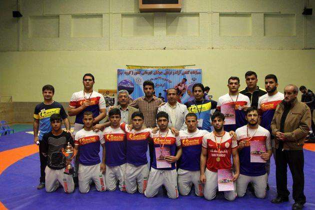 عنوان قهرمانی مسابقات کشتی آزاد کشور به جوانان خوزستانی
