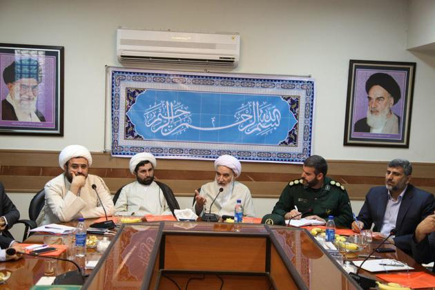 امور فرهنگی و مذهبی با محوریت مساجد باید تقویت شود