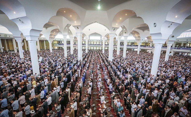 نماز جمعه قم برگزار میشود/ سالمندان، کودکان و بیماران در نماز جمعه شرکت نکنند
