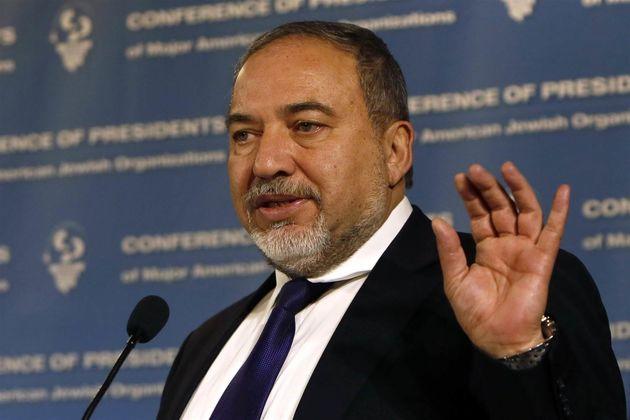 اذعان وزیر جنگ اسرائیل به پیروزی اسد در جنگ