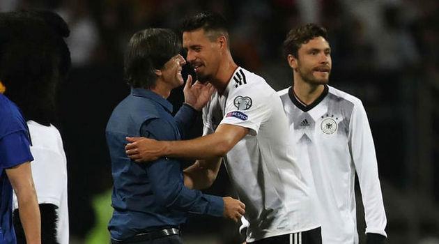 خوشحالی لوو از برد ۷ گله آلمان در شب درخشش جوانهایش