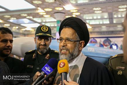 بازدید وزیر اطلاعات از نمایشگاه دستاوردهای دفاعی/سید محمود علوی وزیر اطلاعات
