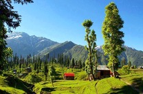 پاسخ هند به نواز شریف: نیازی به دعای پاکستان در باره کشمیر نداریم