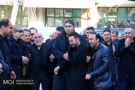 تشییع پیکر عبدالرحمان تاج الدین در اصفهان