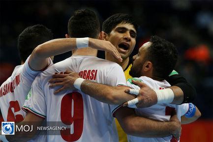 دیدار تیم های ملی فوتسال ایران و آمریکا