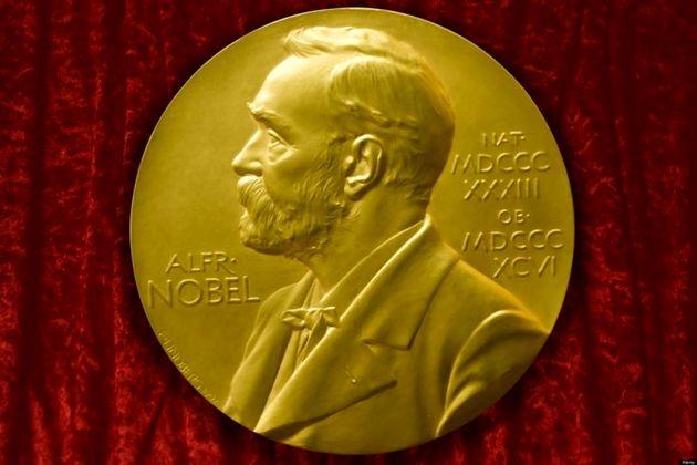 برنده نوبل ادبیات ۲۰۱7 کیست؟