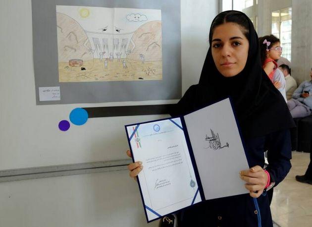 اثر دانش آموز مینابی عنوان نقاشی برتر را دریافت کرد