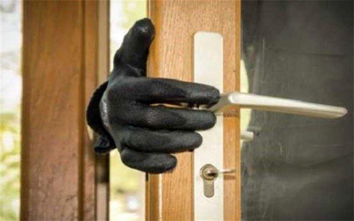 سرقت از منازل با شگرد بررسی ابتلای ساکنان به بیماری کرونا