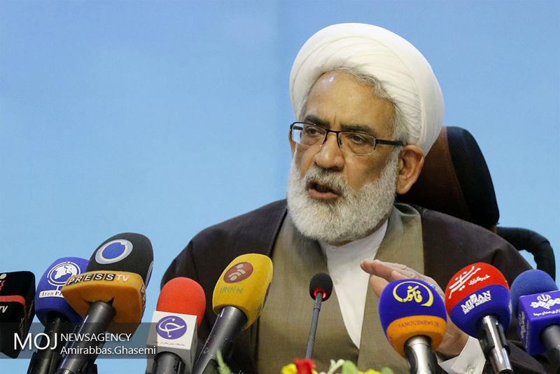 قطعا ملت ایران نخواهد گذاشت که جایگاه سردار سلیمانی خالی شود